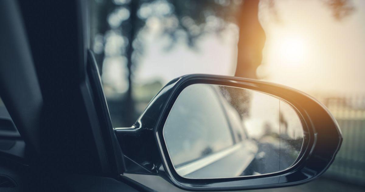 Adolescente de 14 anos descobre solução para pontos cegos dos carros – Mundo Smart - mundosmart